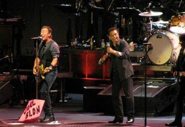 "Gary US Bonds joins Bruce Springsteen for ""Jole Blon"" Friday night at MetLife Stadium"